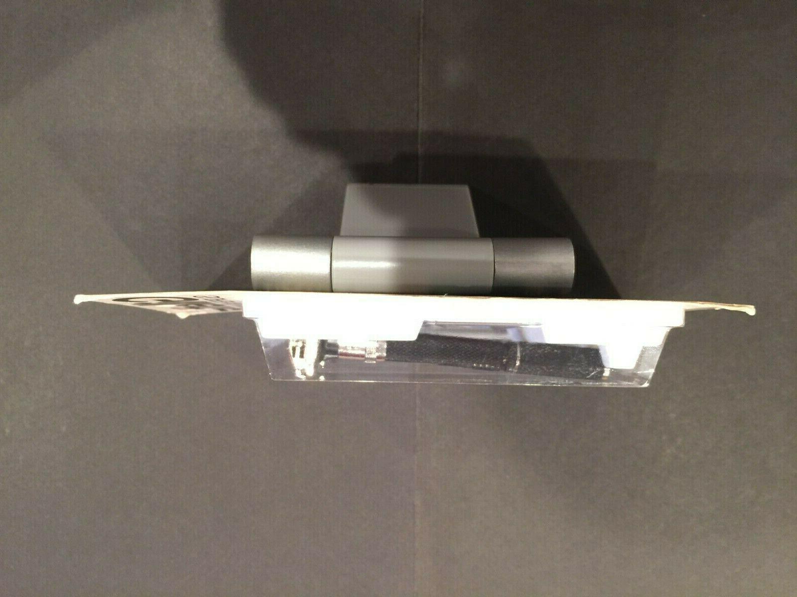 Gillette Super Beauty Razor with Platinum-Plus Blades. New